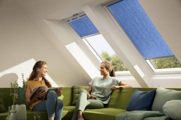 Tenda filtrante a rullo colorata Velux