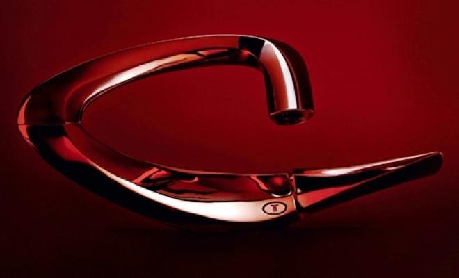 Rubinetto Zaha Hadid Triflow: l'alone rosso segnala esigenza sostituzione cartuccia