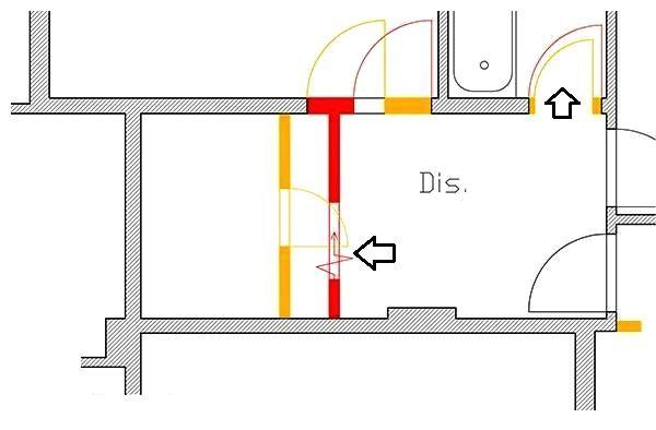 Interventi murari per adattare il ripostiglio a lavanderia: in giallo demolizioni e in rosso costruzioni