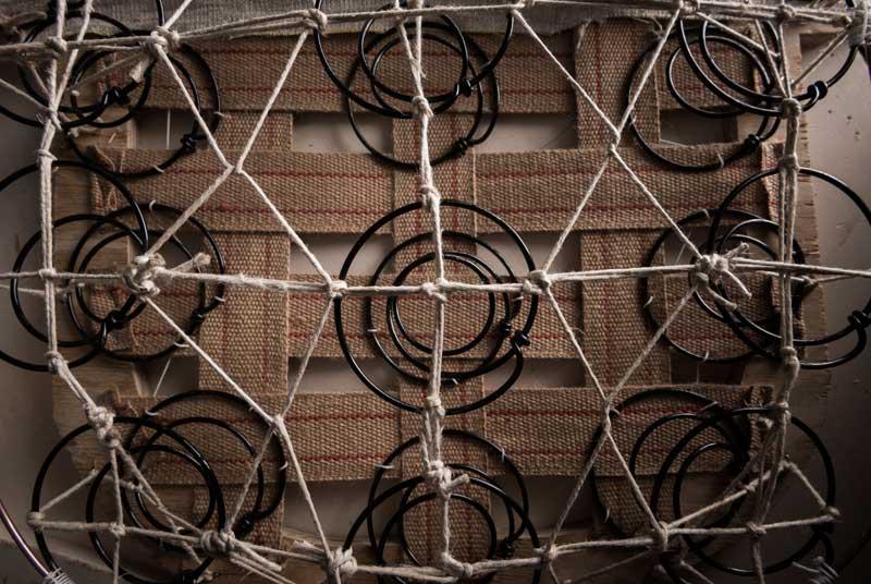 Dettagli strutturali dei divani chester BertO