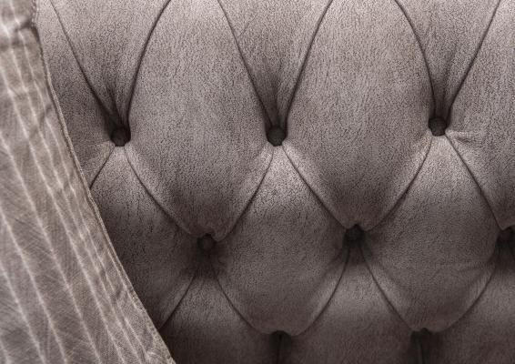 Rivestimento divano chesterfield di BertO