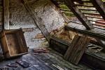 Materiali recuperati: travi in legno da riutilizzare
