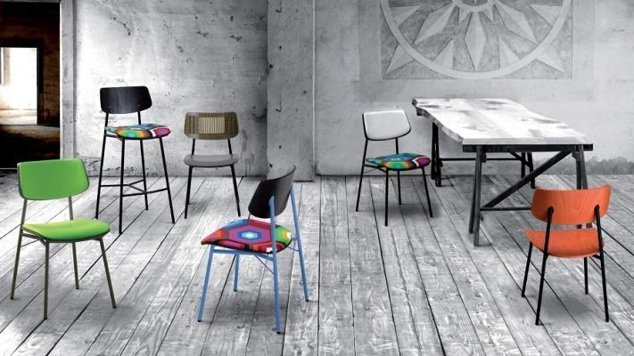 Con Meadow di Laco la sedia da cucina cambia sedile e schienale