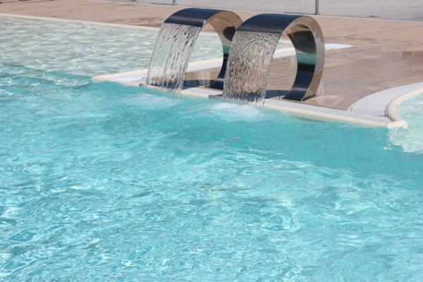 Cascate piscina Blu