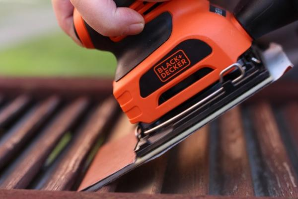 Carteggiatrice per legno by BLACK+DECKER