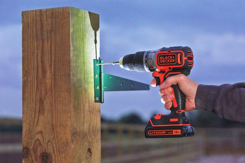 Trapani a percussione con luce LED, by BLACK+DECKER