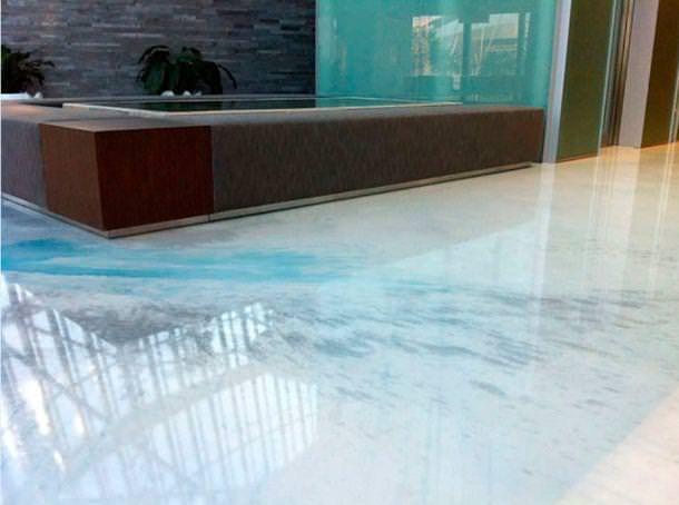 Pavimento realizzato con resine Colledani