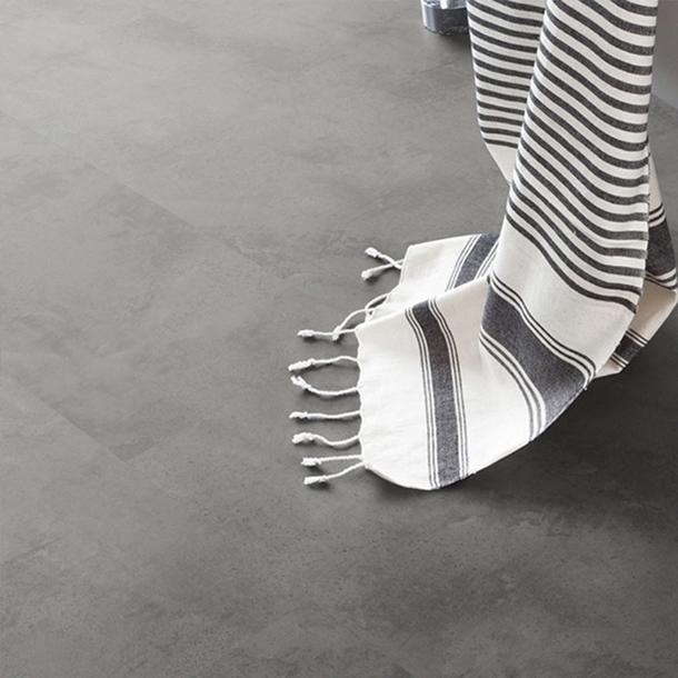 Bricoflor pavimenti autoadesivi senza demolizione