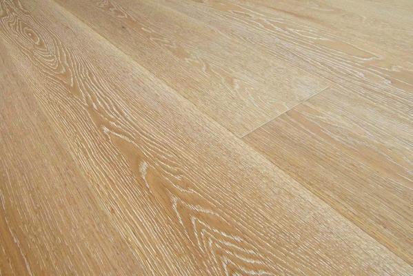 Pavimenti In Legno Rovere : Parquet di rovere massello parquet di legno