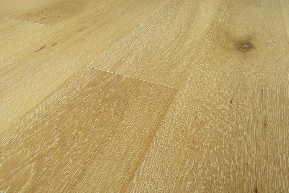 Parquet in rovere naturale by Armonyfloor