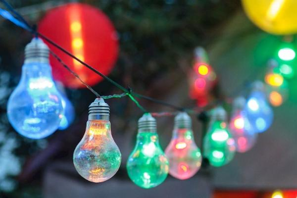 Fili di luce colorati da giardino Luminal Park