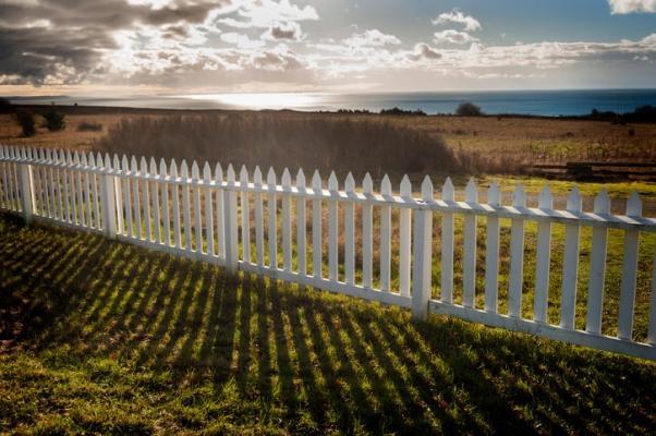 Delimitazione di una tenuta con steccato
