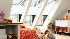 Come realizzare una mansarda abitabile ottimizzando l'uso di finestre