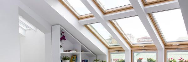 Una mansarda luminosa e funzionale con le finestre Velux