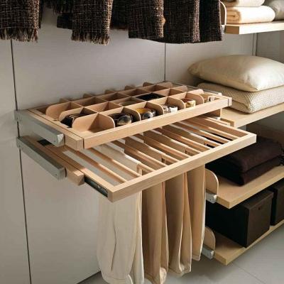 Idee per cabina armadio di Arredi e  Mobili
