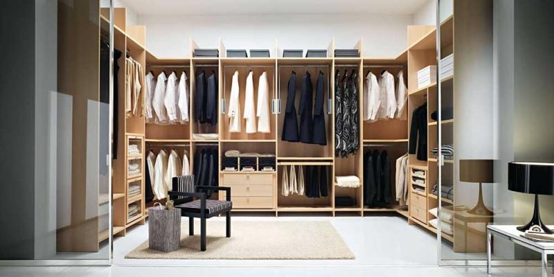 Stanza cabina armadio, by Arredi e Mobili