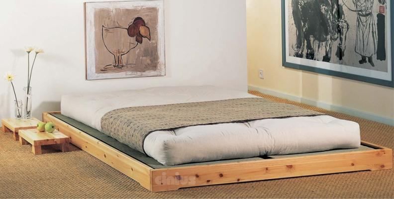 Arredare la camera da letto in mansarda con i letti Cinius