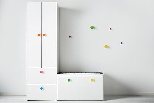 Mobili componibili per la cameretta in mansarda - Ikea