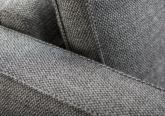 Dettaglio cucitura divano letto Gulliver in tessuto