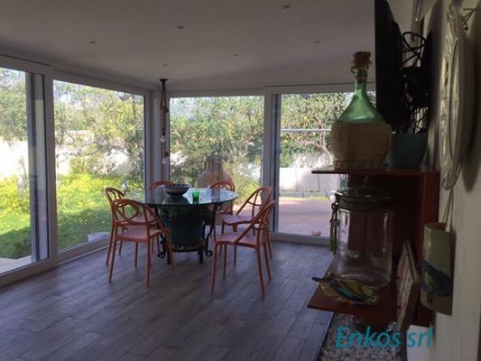 Vista sala da pranzo open space