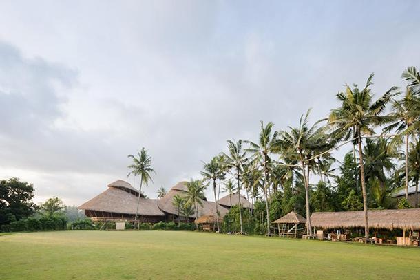 Green School Bali in bamboo