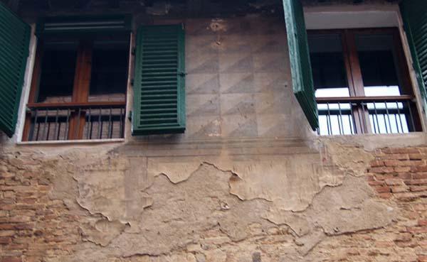 Il risanamento riguarda generalmente edifici obsoleti o fatiscenti.