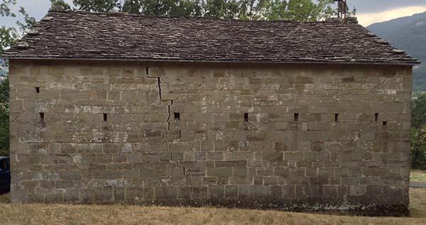 Il restauro strutturale si occupa delle strutture portanti di un edificio.