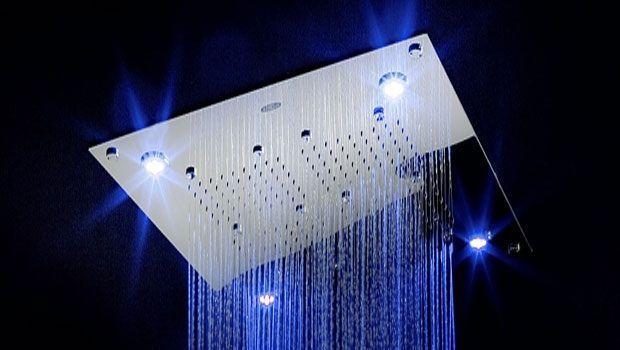 Realizzare una cabina doccia con cromoterapia