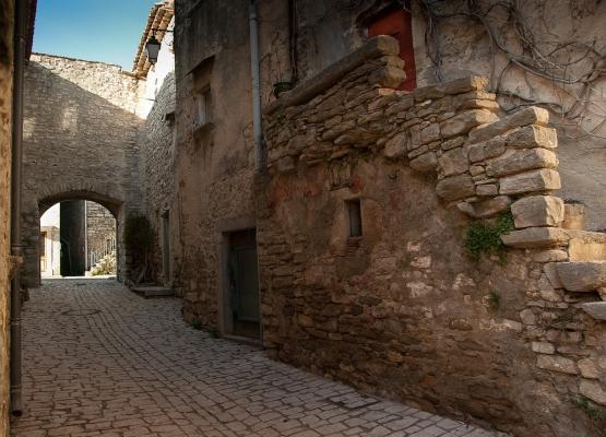 Edifici sicuri: costruzioni medioevali sotto tutela