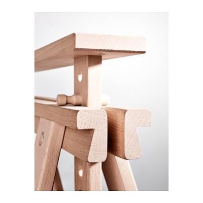 Particolare cavalletto regolabile Finnvard Ikea in legno massello