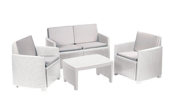 Foto tavolo da giardino consigli per la scelta for Termosifoni arredo leroy merlin