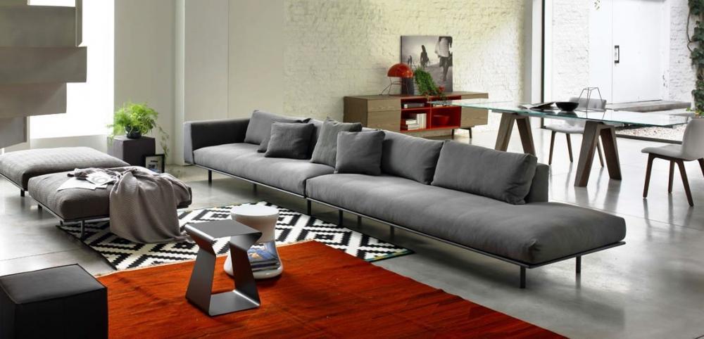 Living room arredato con divano extra large, by Fumante