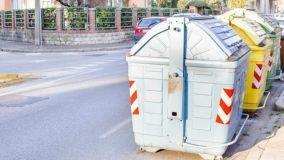Cassonetti dei rifiuti, posizione e possibile spostamento
