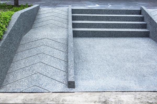Rampa in cemento fai da te - Rampe rollstuhl treppe ...