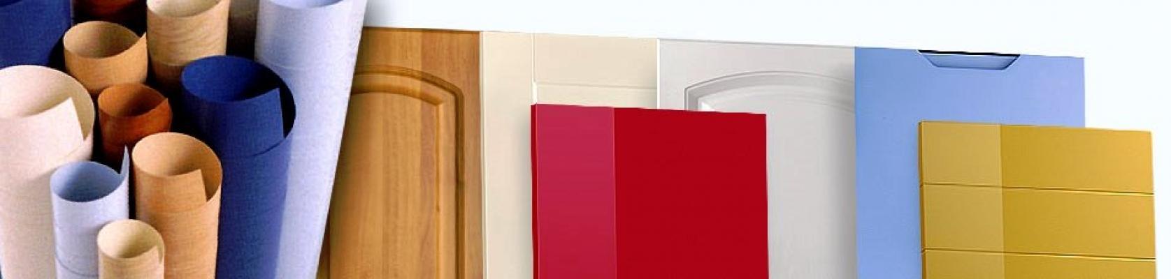 Ante in foglia polimerica a colori o effetto legno by Techinform