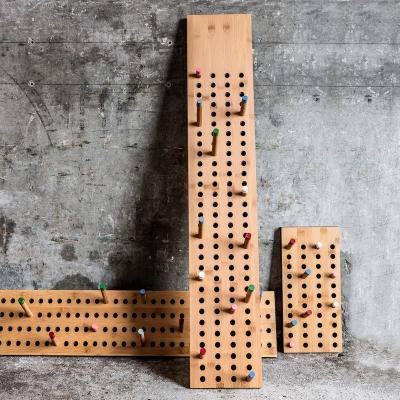 Appendiabiti Scoreboard di We do wood