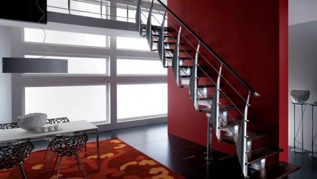 Leggerezza e stabilità delle scale in alluminio e legno