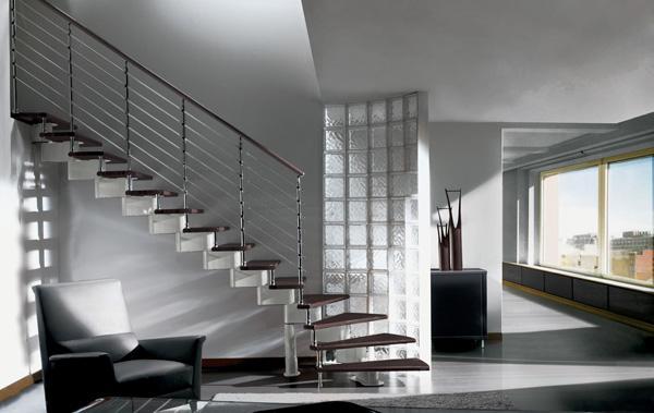 Scala in alluminio e legno for Mobirolo spa