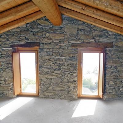 Finestre e scuretti interni in legno - Denia Serramenti
