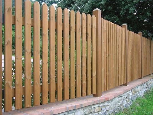 Recinzione in legno per il giardino - Recinzione terrazzo ...