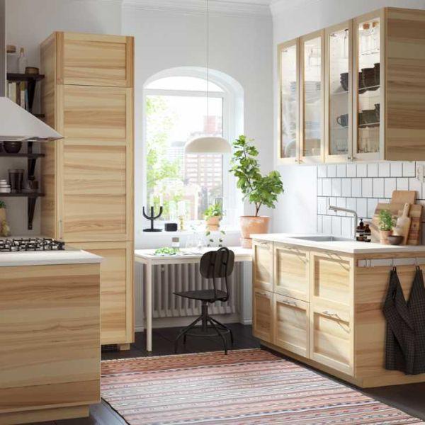 Cucina low cost stile classico: modello componibile  torhamn di Ikea