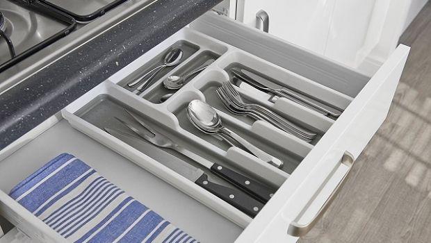 Consigli per scegliere il portaposate da cassetto