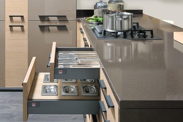 Cucine contemporanee Adele Project di Lube dettaglio