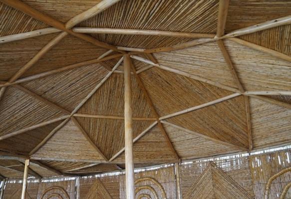 Copertura in bambù