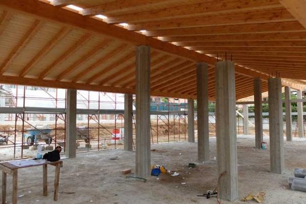 Costruire un tetto in legno da Spazio Legno Lamellare