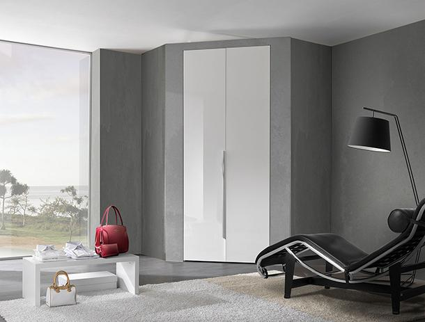Cabina armadio in spazi minimi for Salotto ad angolo