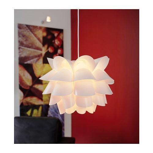 Lampadario decorativo Knappa di Ikea