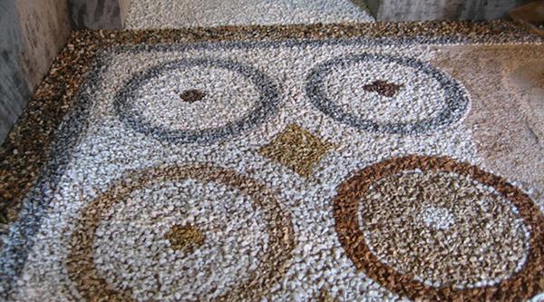 Pavimento alla veneziana grezzo dopo la semina. Da Asin Erminio.