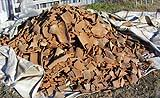 La materia prima del cocciopesto: frammenti di tegole e mattoni. Foto di Fratelli Dianti.