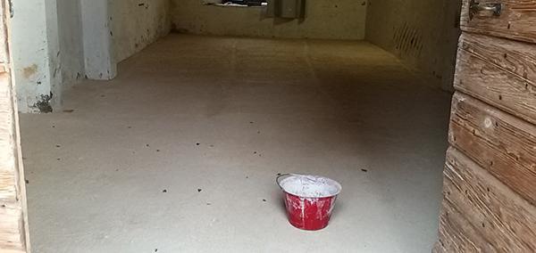 Pavimento di cocciopesto dopo la stesura del coprifondo. Foto di 2A Eco s.n.c.